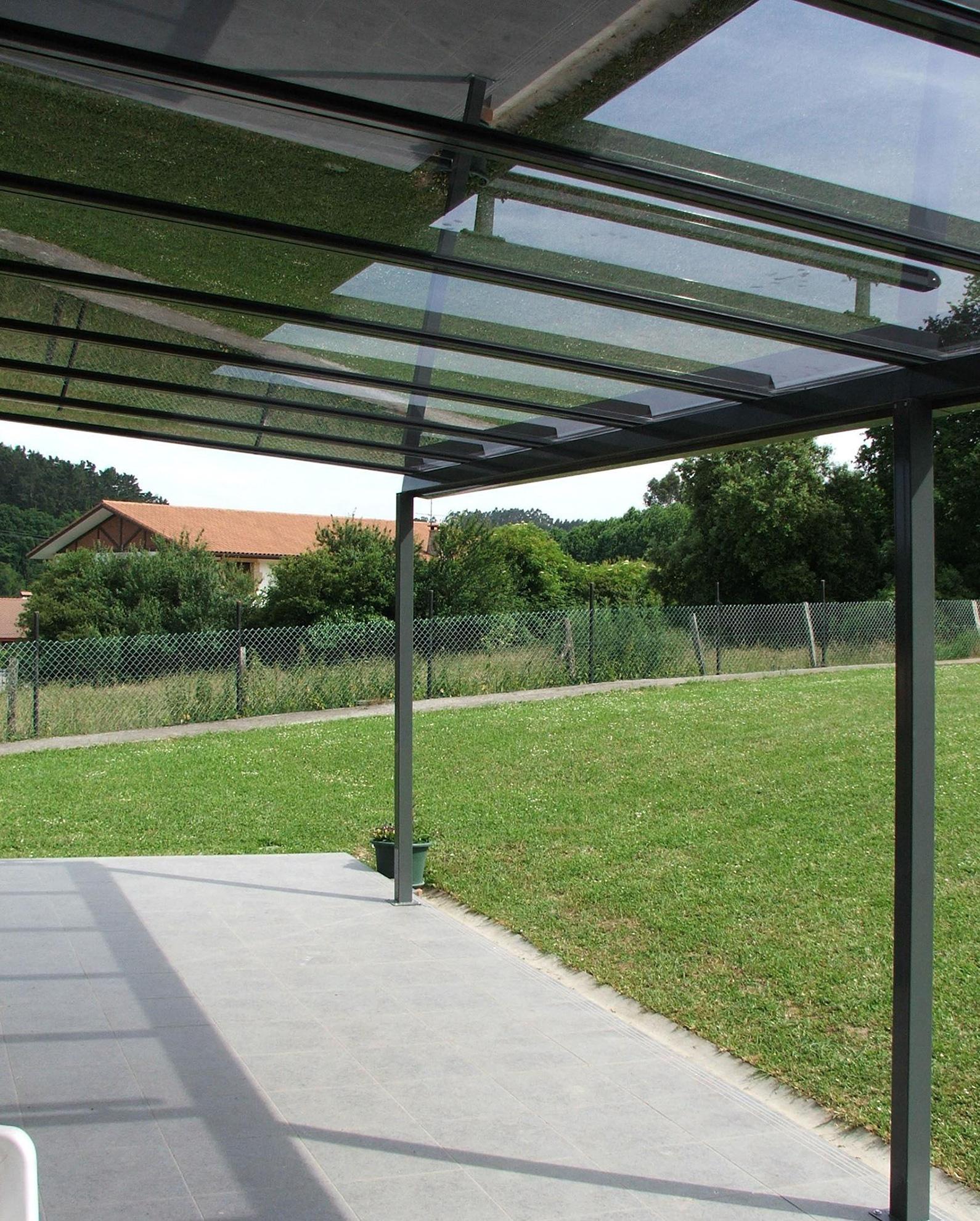 si est buscando cubiertas transparentes puede llamarnos para instalaciones de techos transparentes en mlaga sevilla cdiz y crdoba - Techos Para Pergolas